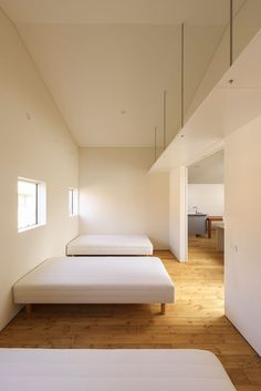 ナカニワノイエ2|二世帯住宅 建築家|スマートフォンページ