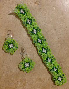 Having some fun with Ellen Carpenter's GRANNY pattern.