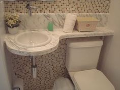 PREÇOS ESPECIAIS PARA FERIADOS, REVEILLON, CARNAVAL E JOGOS OLIMPICOS. SPECIAL PRICES FOR VACATION, REVEILLON, CARNIVAL. Excelente ... - Nº 548519459 Laundry Room Bathroom, Bathroom Plans, Bathroom Renovations, Hobby Design, Small Toilet Room, Small Bathroom Layout, Washbasin Design, Tiny Bathrooms, Shower Remodel