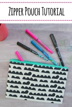 You can sew up a zipper pouch super quickly using this free Zipper Pouch Tutorial – Mary Martha Mama @walmart #sewingproject #PowerToThePen #MyGo2Pen #AD