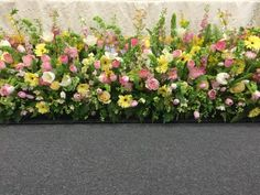 Easter flowers 2015 at altar table The Gracious Posse Altar Flowers, Wedding Ceremony Flowers, Church Flowers, Easter Altar Decorations, Flower Decorations, Easter Flower Arrangements, Floral Arrangements, Altar Design, Kirchen