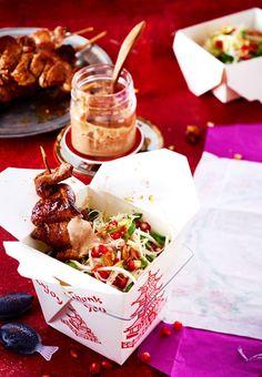 Mit den richtigen Beilagen wird der Streetfood-Klassiker zum etwas anderen Weihnachtsessen.