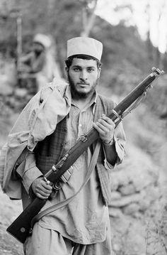 #Afghanistan  #Mujahideen Steve Mccurry Photos, Lee Enfield, K98, Socialist State, Margaret Bourke White, Stephen Shore, Elliott Erwitt, Gordon Parks, Edward Weston