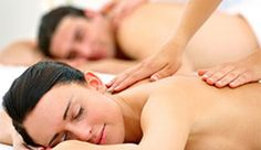 Hot stones melt muscle tension during a couples massage; a private spa retreat grants duos access to a jacuzzi and an infrared sauna Body Massage Spa, Massage Therapy, Stone Massage, Facial Massage, Jacuzzi, Couples Spa Packages, Bon Plan Paris, Massage Packages, Spa Manicure