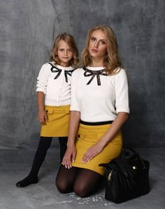 Matching mom and mini me Mother Daughter Pictures, Mother Daughter Fashion, Mom Daughter, Mother And Child, Twin Outfits, Mommy And Me Outfits, Matching Family Outfits, Kids Outfits, Cool Outfits