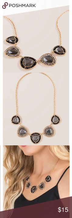 Francesca's Beaded Statement Necklace Brand New Francesca's Beaded Statement Necklace Brand New Black/Gray/Gold Bundle with my other items for an extra discount!!! Happy Poshing!! Francesca's Collections Jewelry Necklaces