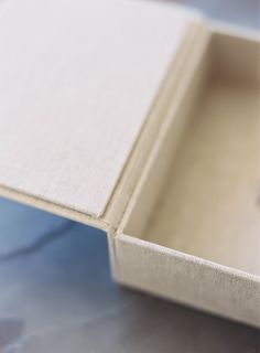 Heirloom Bindery Print Box in Natural Linen in the Medium Format 6x4.5 Size | Hand Made Print Presentation for Fine Art Photographers