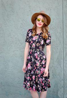 Floral Scuba Dress-Black – Salty Bae Boutique