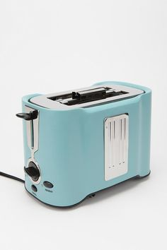 LOVE this toaster.... Kinda wish it was red but this color works too