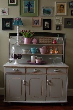Retro Dresser hand painted and distressed in F, Lamp Room Grey...
