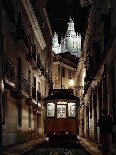 "crescentmoon06: ""Lisbona icons by Giovanni Sottile "" http://aristippos.tumblr.com/"