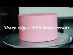 How to achieve sharp edges on cake with buttercream Youtube Cake Decorating, Cake Decorating For Beginners, Cake Decorating Frosting, Cake Decorating Techniques, Cake Decorating Tutorials, Decorating Ideas, Buttercream Cupcakes, Cake Icing, Fondant Cakes