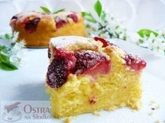 Cranberry Cornbread Muffins with Sweet Milk Drizzle. We used wheat flour. Sweet Breakfast, Breakfast Recipes, Cranberry Orange Muffins, Pumpkin Spice Latte, Easy Desserts, Sweet Tooth, Sweet Treats, Bakery, Yummy Food