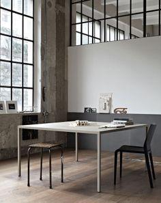DESALTO > tavoli > helsinki > helsinki tavolo rettangolare > acciaio