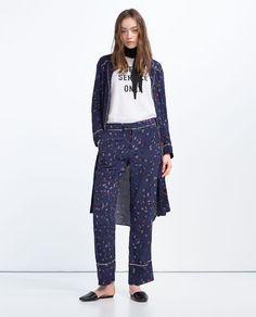 Bilde 1 fra BUKSE I PYJAMAS STIL fra Zara