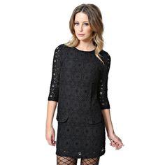Váy The Wardrobe được may bằng chất liệu ren cap cấp