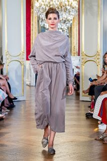 ELLI during Paris Haute Couture Fashion Week | Fashion Blog by Apparel Search Haute Couture Paris, Haute Couture Fashion, Types Of Textiles, Fashion News, Fashion Events, Shoes Heels Wedges, Fabric Shop, School Fashion, Couture Collection