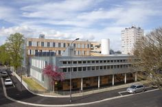 Regional administrative centre, Évreux (France) by Pierre Lombard  #NaturalZinc  #Administration #France #Façade #Project #Architecture #Zinc #VMZINC