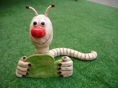 Housenka Nosatá housenka do zahrádky 25x20cm. Pottery Animals, Ceramic Animals, Clay Animals, Clay Pot Crafts, Crafts To Make, Skull Planter, Pets For Sale, Hand Built Pottery, Concrete Art