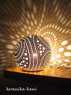 keramická Lampa elektrická - Mléčná dráha / Zboží prodejce Keramika-Kami   Fler.cz Ceramic Lantern, Ceramic Light, Ceramic Bowls, Ceramic Art, Raku Pottery, Pottery Art, Kintsugi, Ball Lights, Tea Lights