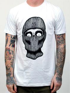 CX.CITY – Summer 2014 Depuis 2009, CX.CITY nous régale de tee-shirts bien cools à base d'illustrations et de typos efficaces. Devenu incontournable au fil des années, le label californien vient tout juste de dévoiler sa nouvelle ligne pour l'été. Et on ne pouvait évidemment pas passer à côté… http://www.grafitee.fr/tee-shirt/cx-city-summer14/ #CXCITY #Tshirts #USA