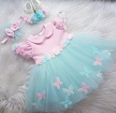 Kids Prom Dresses, Baby Girl Party Dresses, Birthday Girl Dress, Baby Girl First Birthday, Baby Frocks Designs, Baby Girl Dress Patterns, Sewing Kids Clothes, Kids Frocks, Baby Gown