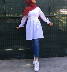 Affordable prices on new tops, dresses, outerwear and more. Hijab Fashion Summer, Modest Fashion Hijab, Modern Hijab Fashion, Muslim Women Fashion, Street Hijab Fashion, Hijab Casual, Hijab Fashion Inspiration, Islamic Fashion, Hijab Outfit