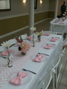 My sister's baby shower! Table setting