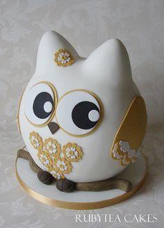 White & Gold Owl | Flickr - Photo Sharing!