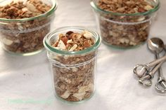 Adding this granola recipe to the collection!