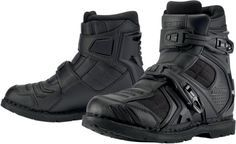 The new Icon Field Armor 2 motorcycle boot is a technological tour-de-force. It's got a leather and ballistic nylon chassis, Goodyear Welt construction, a slip resistant outsole, and dual buckle closures. Plus a D3O® ankle insert and axialmetric steel shank. Tremendous value at $200.