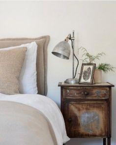 Photo shared by Fiona Mostyn Bedroom interior design #interiors #interiordesign #mydecomarketing #bedroom Interior Blogs, Room Interior Design, Luxury Interior, Interior Inspiration, Design Interiors, Bedroom Decor Lights, Bedroom Lighting, One Bedroom, Beach Bedrooms