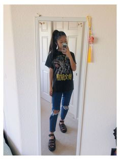 Black Sandals Outfit, Sandals Outfit Summer, Summer Outfits, Shoes Sandals, Doc Martens Outfit Summer, Dr Martens Outfit, Dr. Martens, Edgy Outfits, Cute Outfits