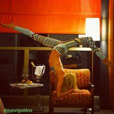 sick pant, yoga fashion, yoga pose