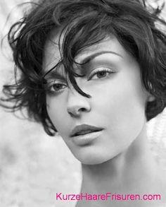 kurzhaarschnitte fur kraeftiges haar 2015 #kurzhaarfrisuren #kurzehaare #frisuren #hair #hairstyles #frisur #damen #frauen #frauenfrisuren #frisuren2015 #shorthaircuts #shorthairstyles
