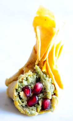 "I need a dehydrator!! Squash ""Beggar's Purse"" with Pomegranate and Sage from Rawmazing- Raw, Vegan"