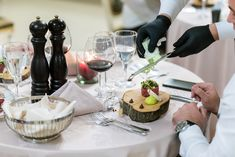 Resort Spa, Valentines Day, Table Settings, Healthy Eating, Table Decorations, Dining, Valantine Day, Dinner, Meal