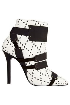Aperlai Black & White High Heeled Ankle Boots Accessories Fall 2014 #Shoes #Booties #Aperlai