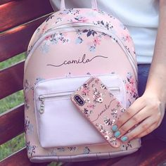 Discover recipes, home ideas, style inspiration and other ideas to try. Girly Backpacks, Cute Mini Backpacks, Trendy Backpacks, Fashion Bags, Fashion Backpack, Cute School Bags, Accesorios Casual, Girls Bags, Cute Bags
