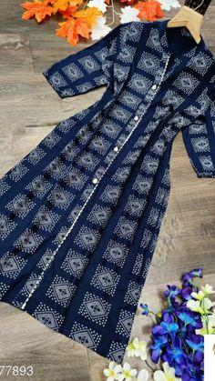 Simple Kurta Designs, New Kurti Designs, Kurta Designs Women, Kurti Designs Party Wear, Velvet Dress Designs, Dress Neck Designs, Stylish Dress Designs, Designs For Dresses, Kurti Sleeves Design