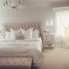 Glamorous Bedroom Furniture White Chic Bedroom Furniture Best Ideas About White Bedroom Decor On Photo Details Discount Bedroom Furniture Stores Near Me Dream Rooms, Dream Bedroom, Home Bedroom, Bedroom Romantic, Bedroom Furniture, Modern Bedroom, Bedroom Artwork, Pretty Bedroom, Minimalist Bedroom