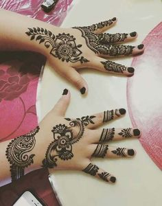 Amazing series of mehndi patterns of hands for Eid ul Adha Mehndi Designs For Kids, Mehndi Designs 2018, Mehndi Design Pictures, Henna Designs Easy, Beautiful Henna Designs, Henna Tattoo Designs, Mehndi Images, Beautiful Tattoos, Foot Henna