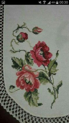 This Pin was discovered by sez Cross Stitch Cards, Cross Stitch Rose, Cross Stitch Flowers, Cross Stitch Embroidery, Hand Embroidery, Cross Stitch Patterns, Applique Cushions, Felt Applique, Black And White Flower Tattoo