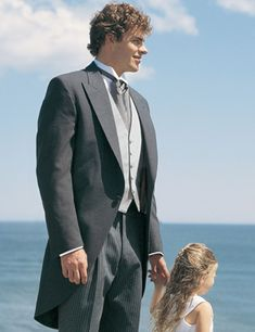 Early formal formalwear for men - Grey Cutaway by Chaps by Ralph Lauren courtesy of the Savvi Formalwear Knoxville website. | The Pink Bride www.thepinkbride.com