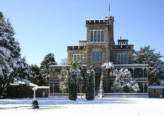 Larnachs Castle, Dunedin, New Zealand. New Zealand Winter, New Zealand Holidays, Nz South Island, New Zealand South Island, Hamilton New Zealand, Travel Around The World, Around The Worlds, Dunedin New Zealand, New Zealand Houses