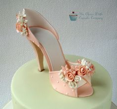 Sugar Shoe by The Clever Little Cupcake Company (Amanda), via Flickr