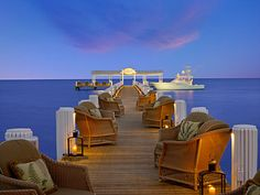 Enjoy a romantic date by the ocean: Florida