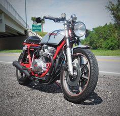 Kawasaki-KZ650-Cafe-Racer-2