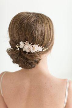 Bridal Hair Comb Wedding Headpiece Floral by PowderBlueBijoux Hair Comb Wedding, Wedding Hair Pieces, Headpiece Wedding, Wedding Hair And Makeup, Blush Rose, Blush Pink, Rose Gold, Corona Floral, Blush Wedding Flowers