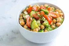 Easy chickpea salad recipe with lemon and dill - recipes fro Baked Ribs, Oven Baked, Chickpea Salad Recipes, Cauliflower Salad, Cooking Recipes, Healthy Recipes, Easy Recipes, Lemon Recipes, The Fresh